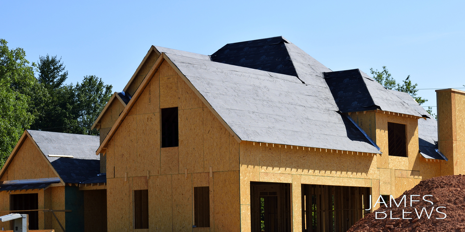 roof construction and home construction